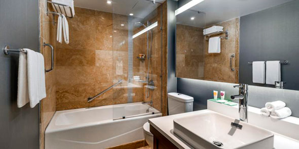 lux-bathroom-590.jpg